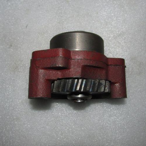 Насос масляний двигуна в зборі TY2100, TY395, TY295